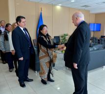 Insulza promete a indígenas interceder ante Cartes