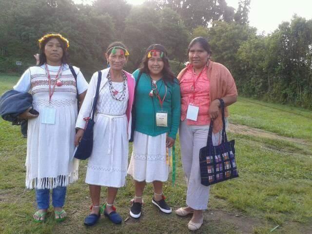 Celina Arce, Antolina González y Liz Arce, lideresas indígenas de la FAPI junto a otra participante del Congreso.