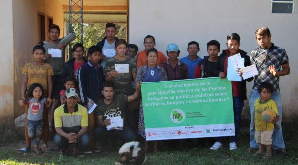 Comunicadores de Che Iro Ara Poty participaron de taller de radio