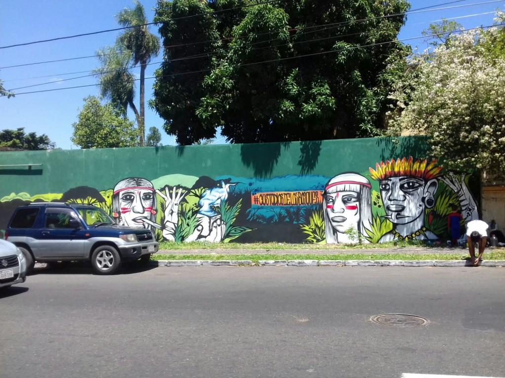 El mural está ubicado sobre la Avda. Colón entre Jejui e Ygatimí.